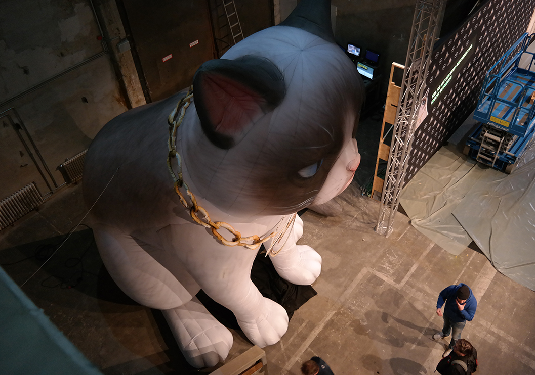 Inflatable Grumpy Cat