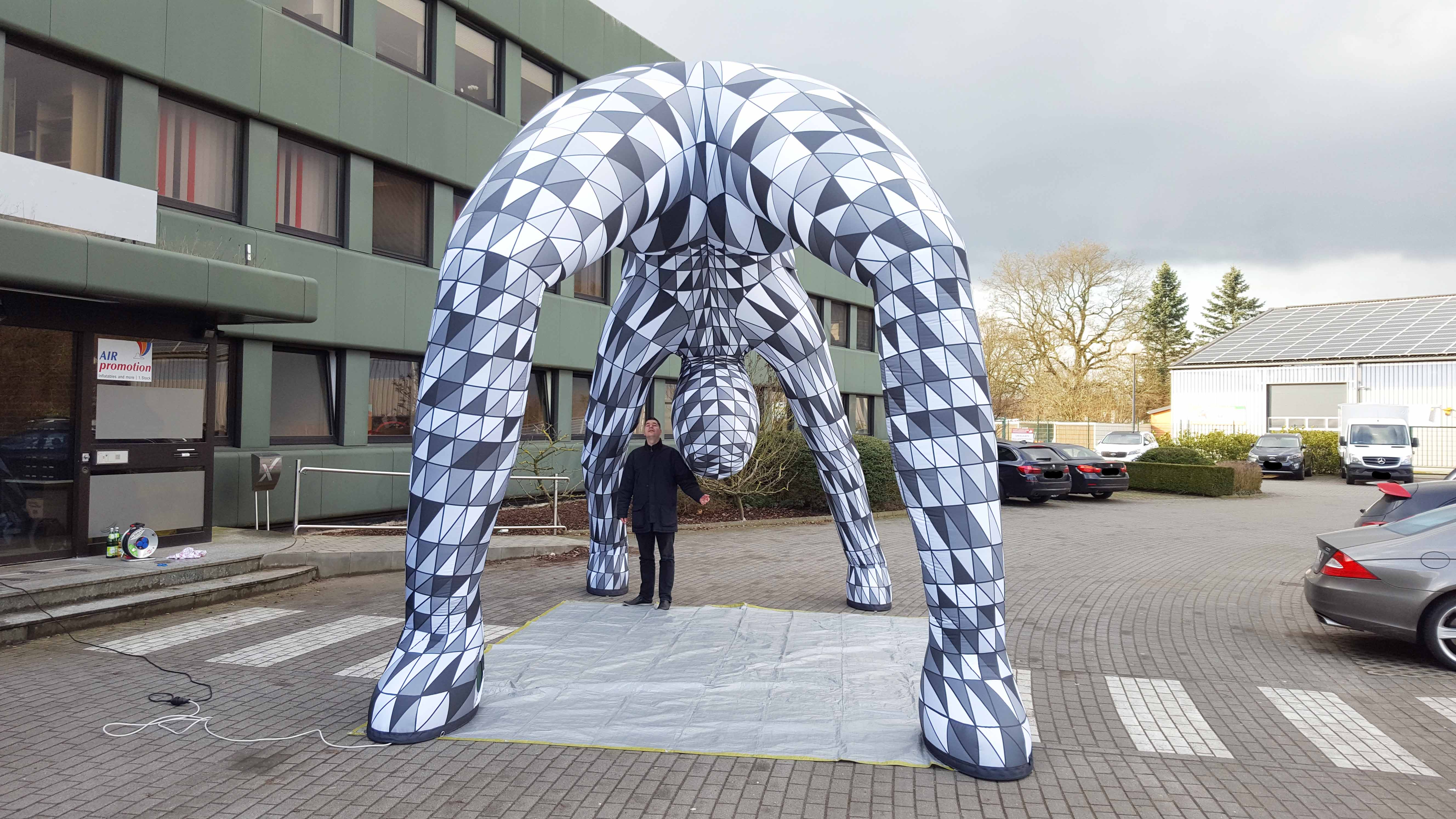 inflatable art arch