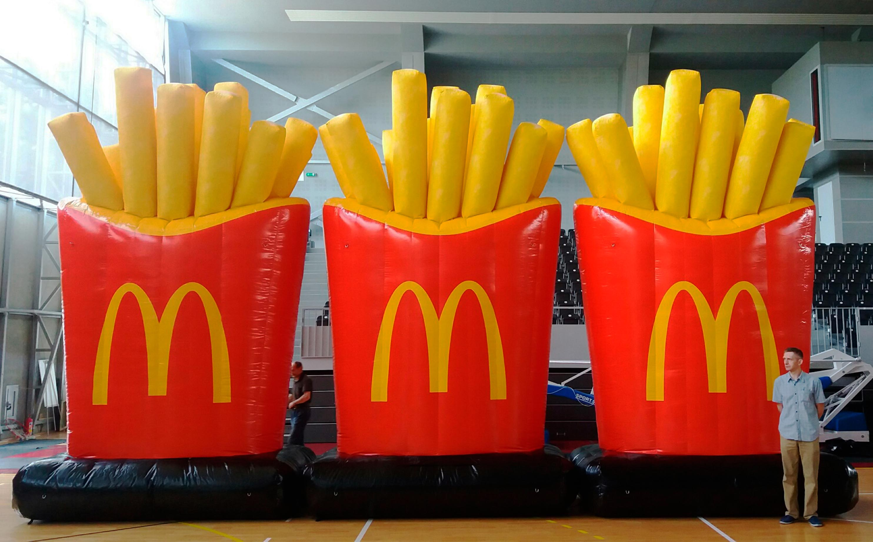 inflatable-bag-fries-pommes-McDonals
