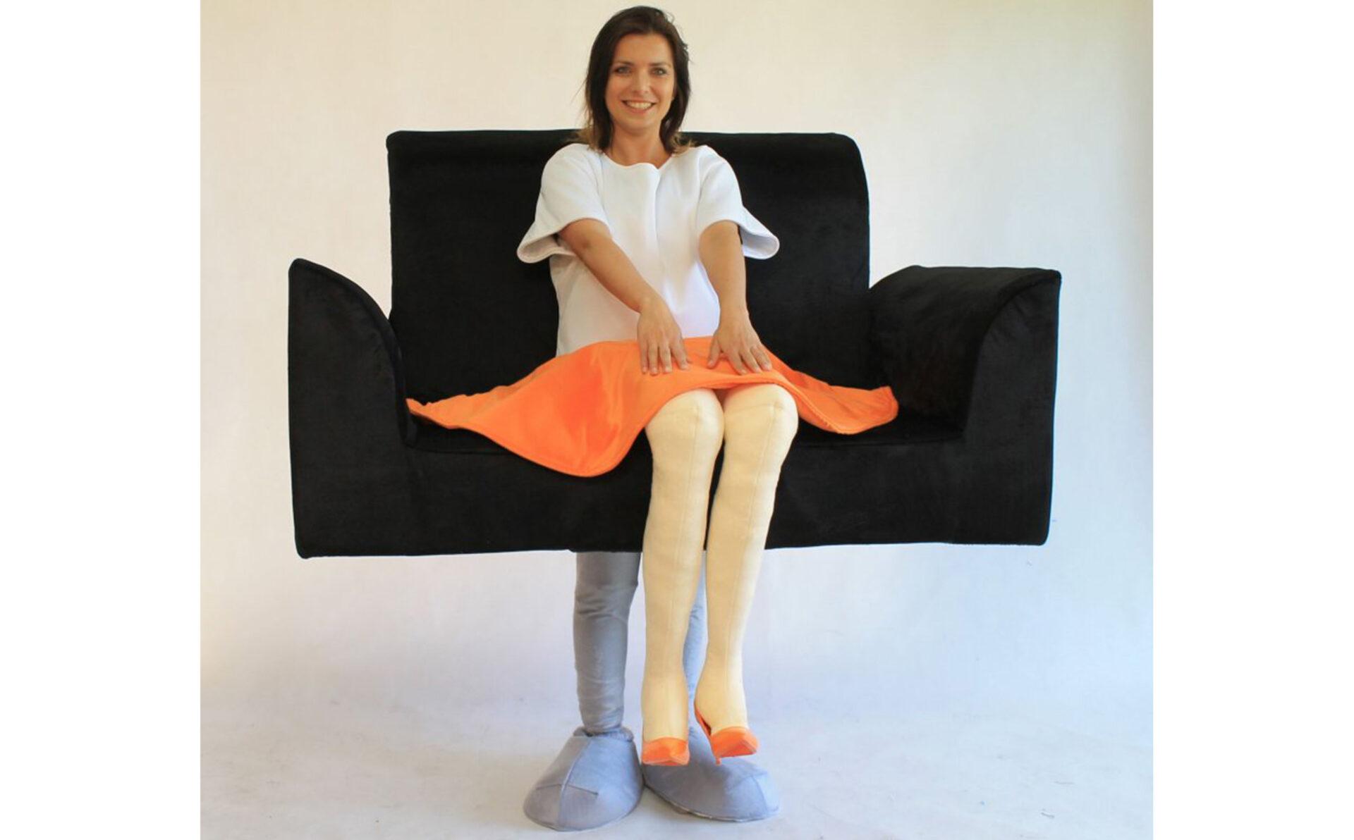 beitragsbild-walking-act-sofa-frau
