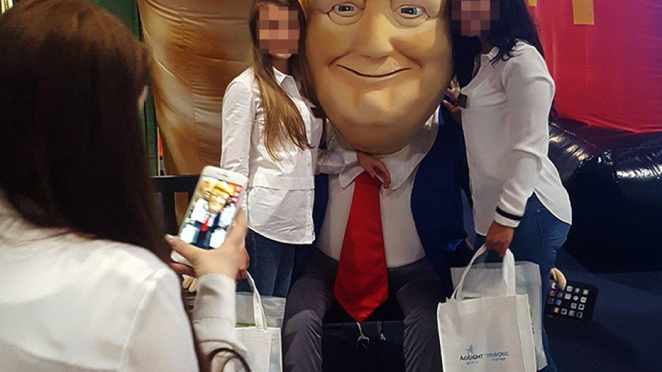 inflatable-fair-trump-plush-figure