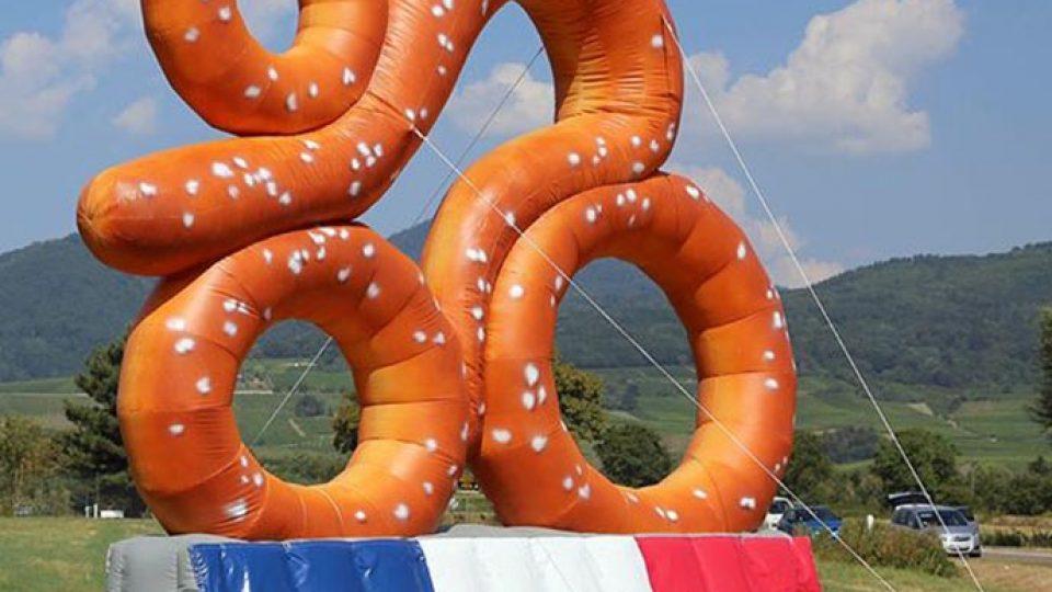 inflatable prezel