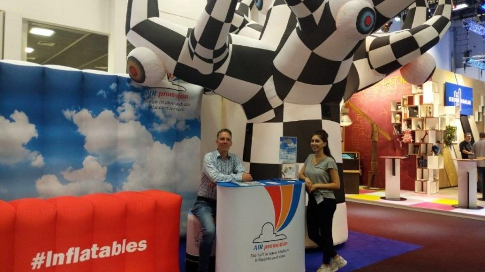 inflatable_exhibition_stand