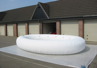 Testing of inflatable art object