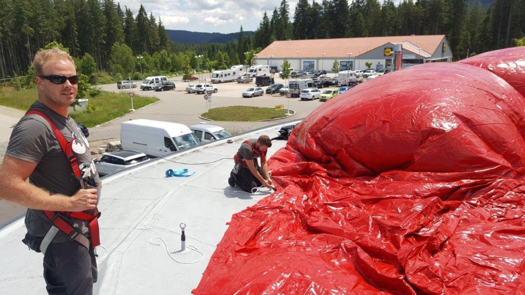 Aufblasbare Dachwerbung Bollenhut