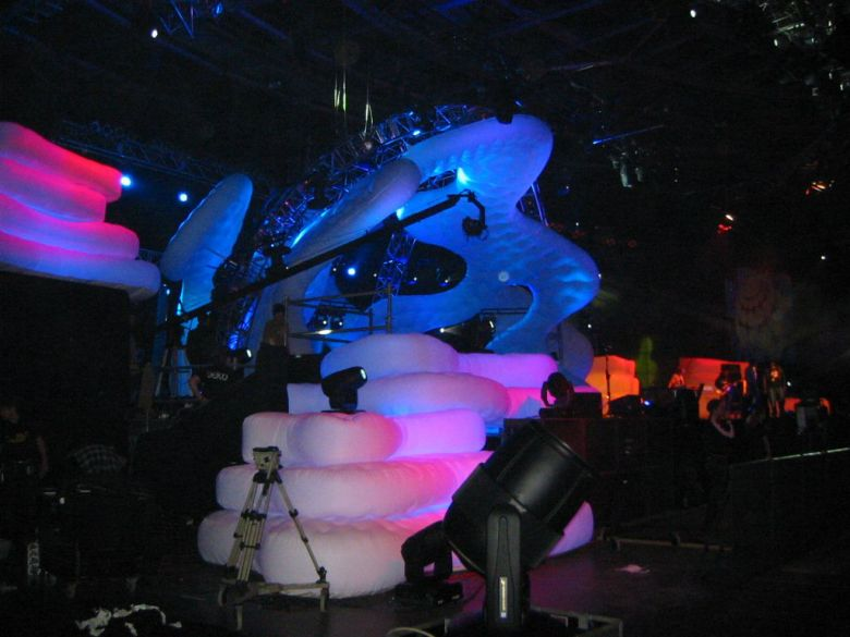 Custom molded inflatable Individuell geformte scenic effects for concerts