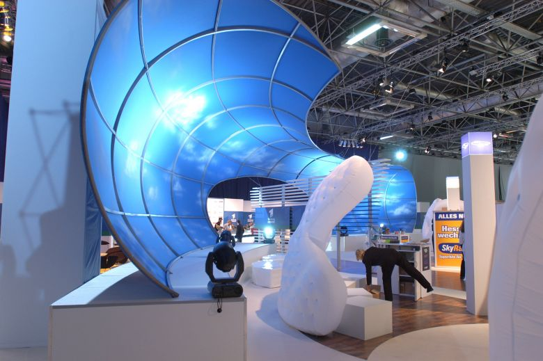 Custom molded inflatable art objects for events