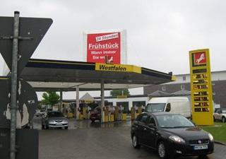 Aufblasbares Dreieck für Tankstellen und Dachtwerbung