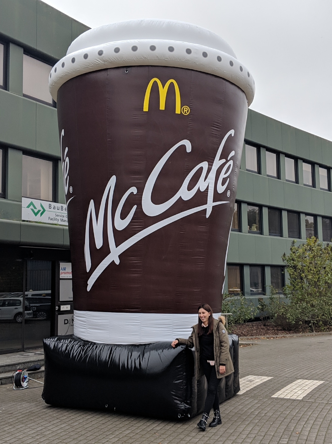Riesen Kaffeebecher