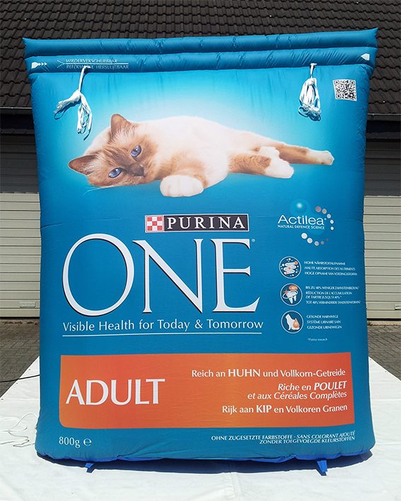 Inflatable pack Purina Cat Food