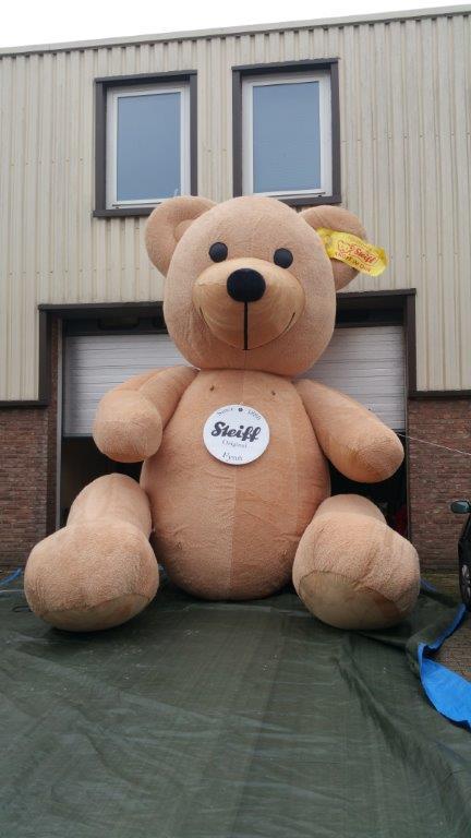 Aufblasbarer Steiff Teddy