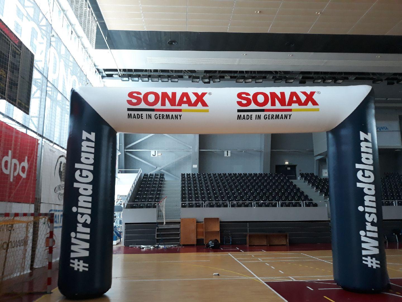 aufblasbarer Werbebogen Sonax