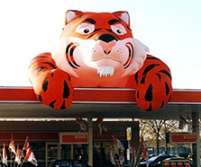 Aufblasbarer ESSO Tiger