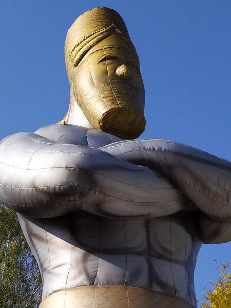 aufblasbare Figur Nebukadnezar
