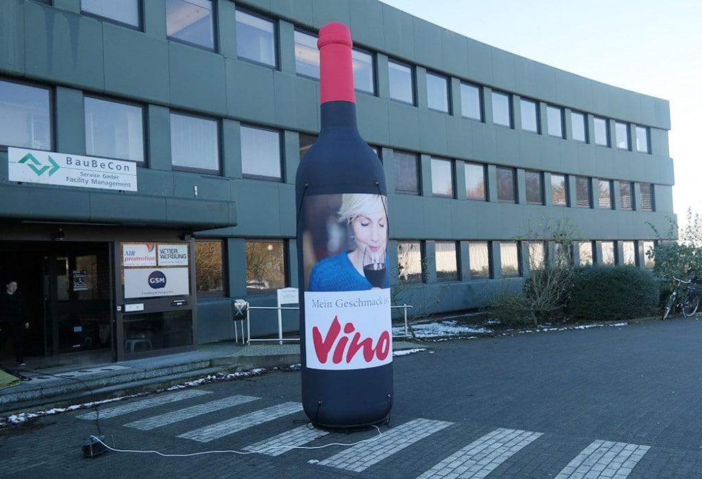 Aufblasbare Weinflasche