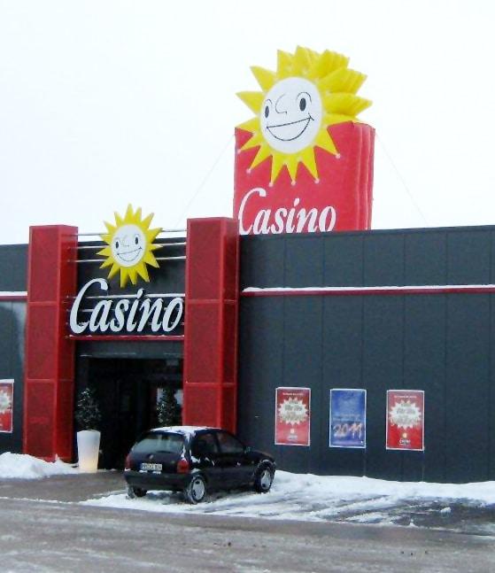 Aufblasbare Merkur Casino Aussen Werbung