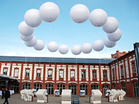 Helium gefüllte aufblasbare Kugeln