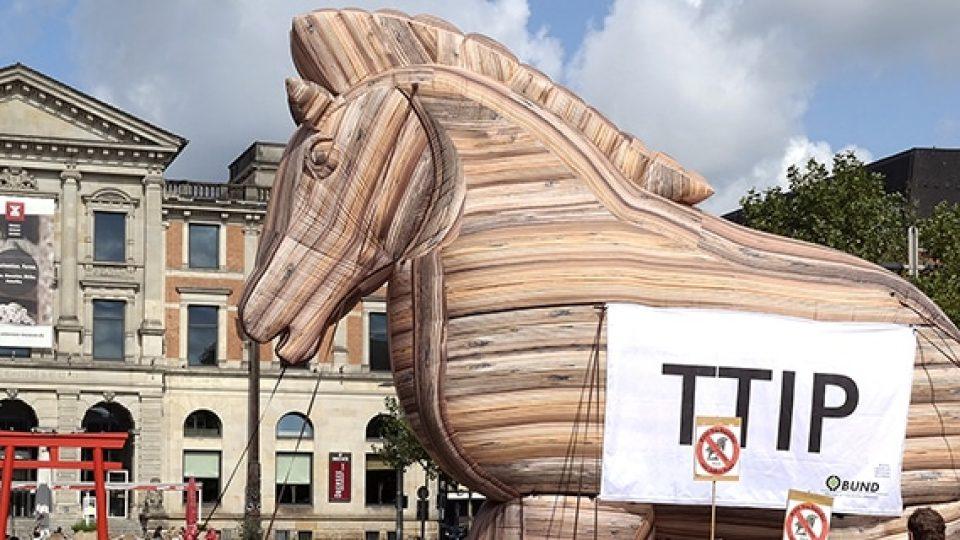Trojanisches Pferd zum Aufblasen